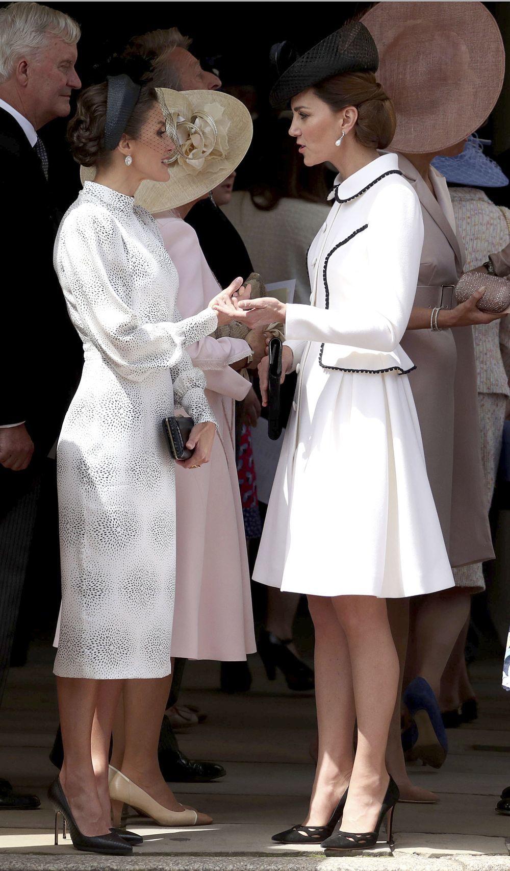 Doña Letizia y la Duquesa de Cambridge conversando.