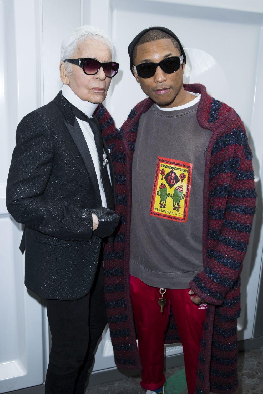 Con el cantante de rap Pharrell Williams que ahora lanza colección...