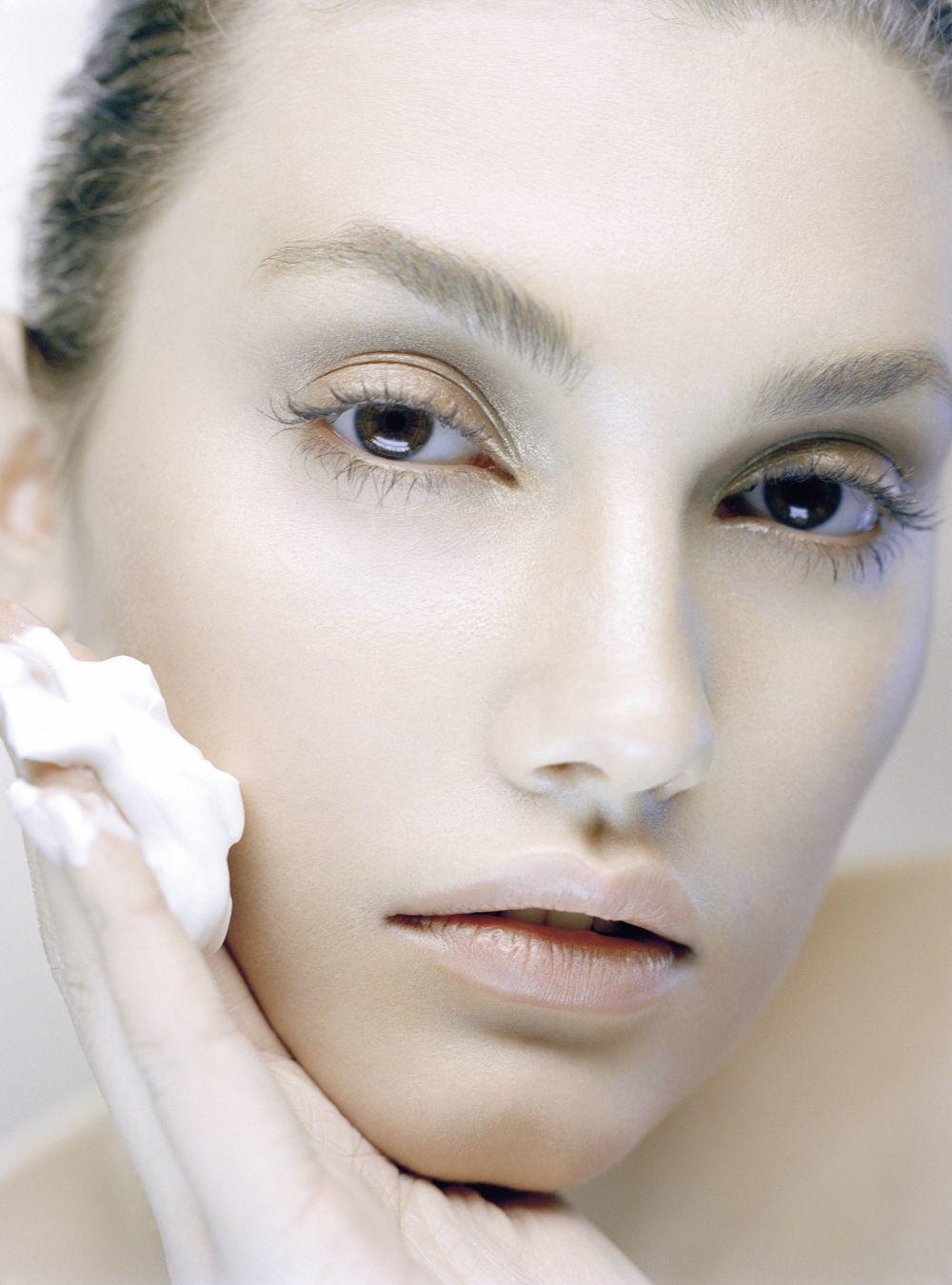 El equipo de belleza de TELVA elige las 10 mejores cremas hidratantes...