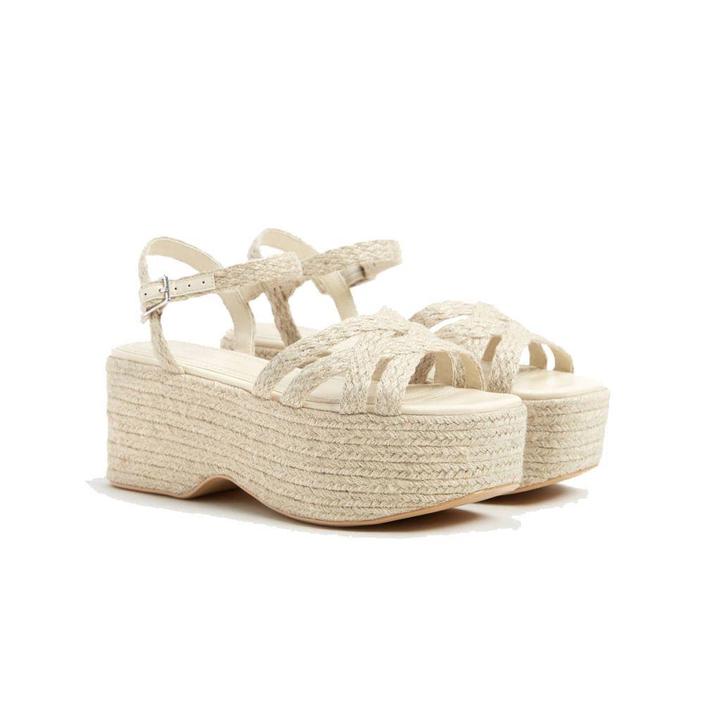 Sandalias de cuña de Bershka.