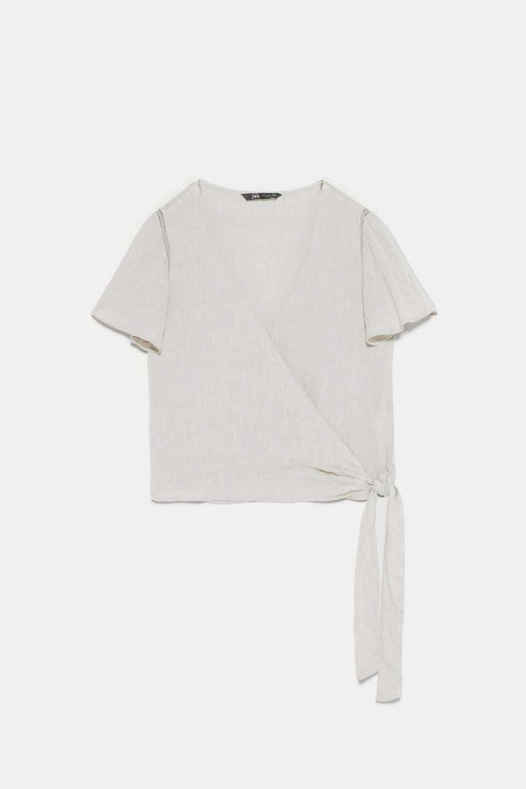 Blusa de lino en color piedra de Zara
