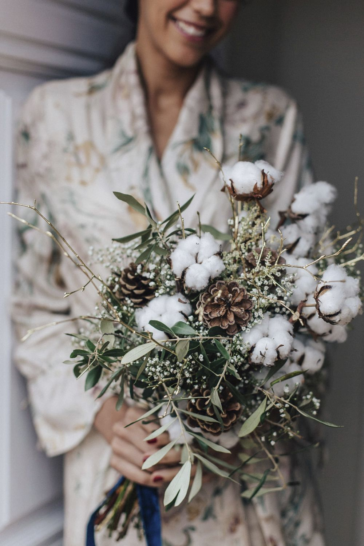 Ramo de invierno con brotes de algodón, de El taller de Lucía.