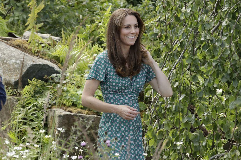 Kate Middleton con un vestido de Sandro Paris