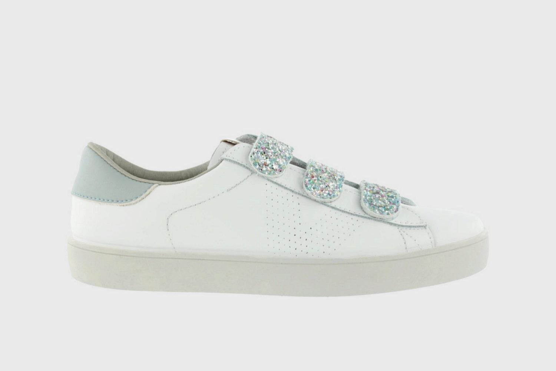 Zapatillas con detalles glitter de Victoria