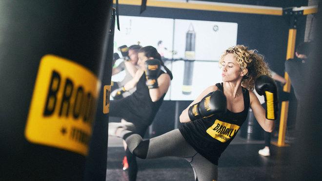 En cada sesión de fitboxing se llegan a quemar hasta mil calorías.