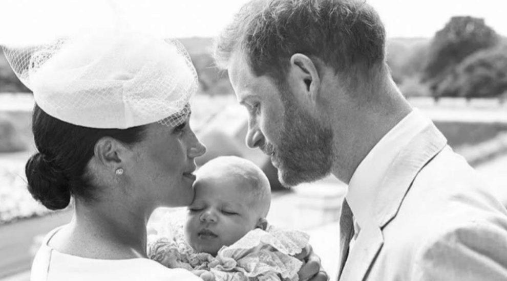Meghan Markle y el príncipe Harry celebran el bautizo de Archie.