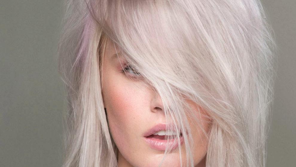 Para lucir el pelo blanco tendrás que recurrir a la decoloración, a...
