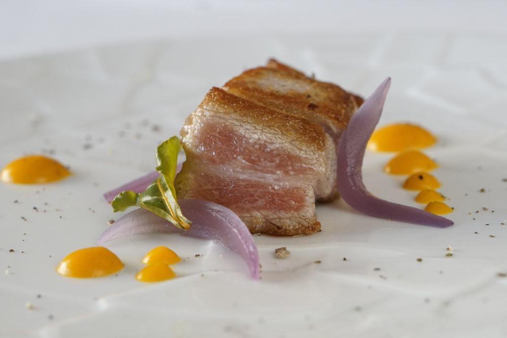 Ventresca de atún rojo asada