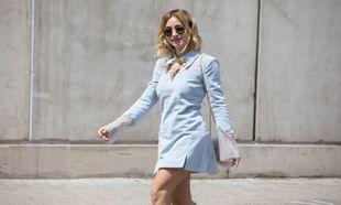 La cantante española quiso acudir al desfile de Teresa Helbig,...