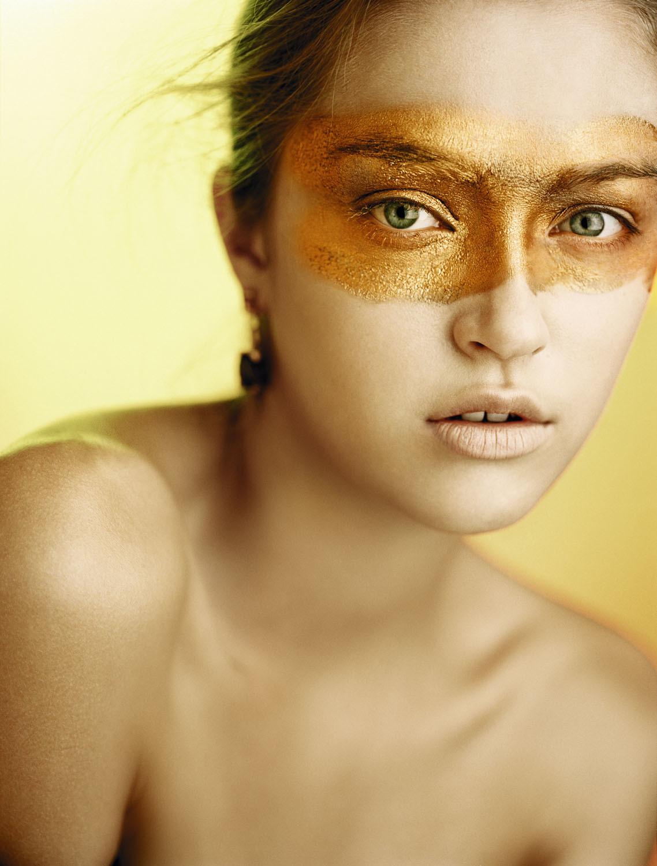 Las infiltraciones con ácido hialurónico eliminan las ojeras de...