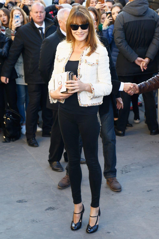 Carla Bruni en un desfile de Chanel.