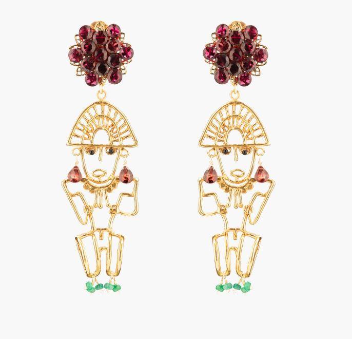 Pendientes de hilo de bronce, de Mercedes Salazar.