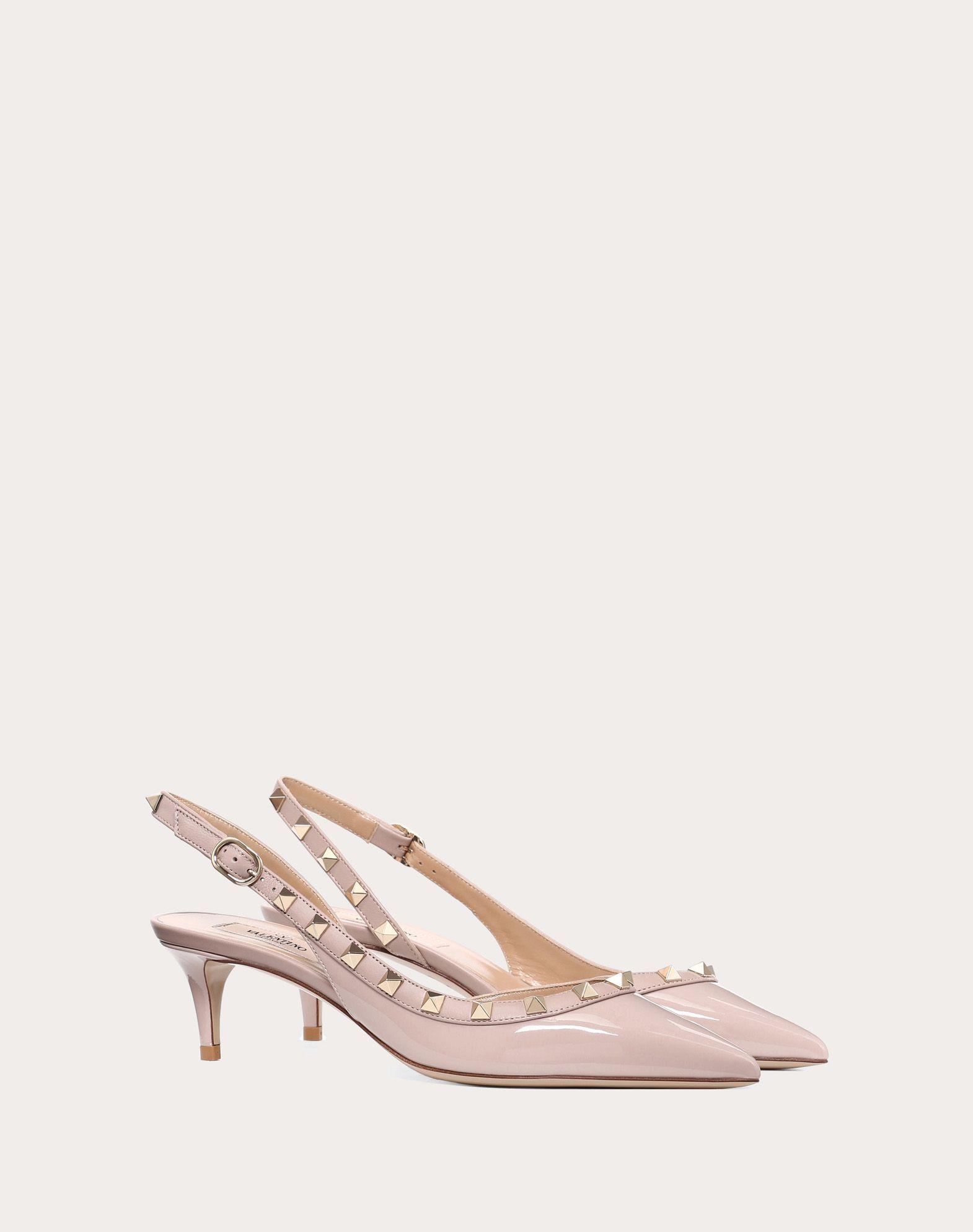 Zapato de charol destalonado, de Valentino.