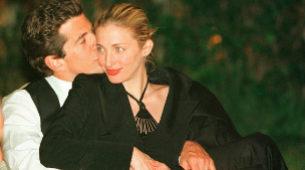 Mayo de 1999, dos meses antes de su muerte, en la cena anual de los...