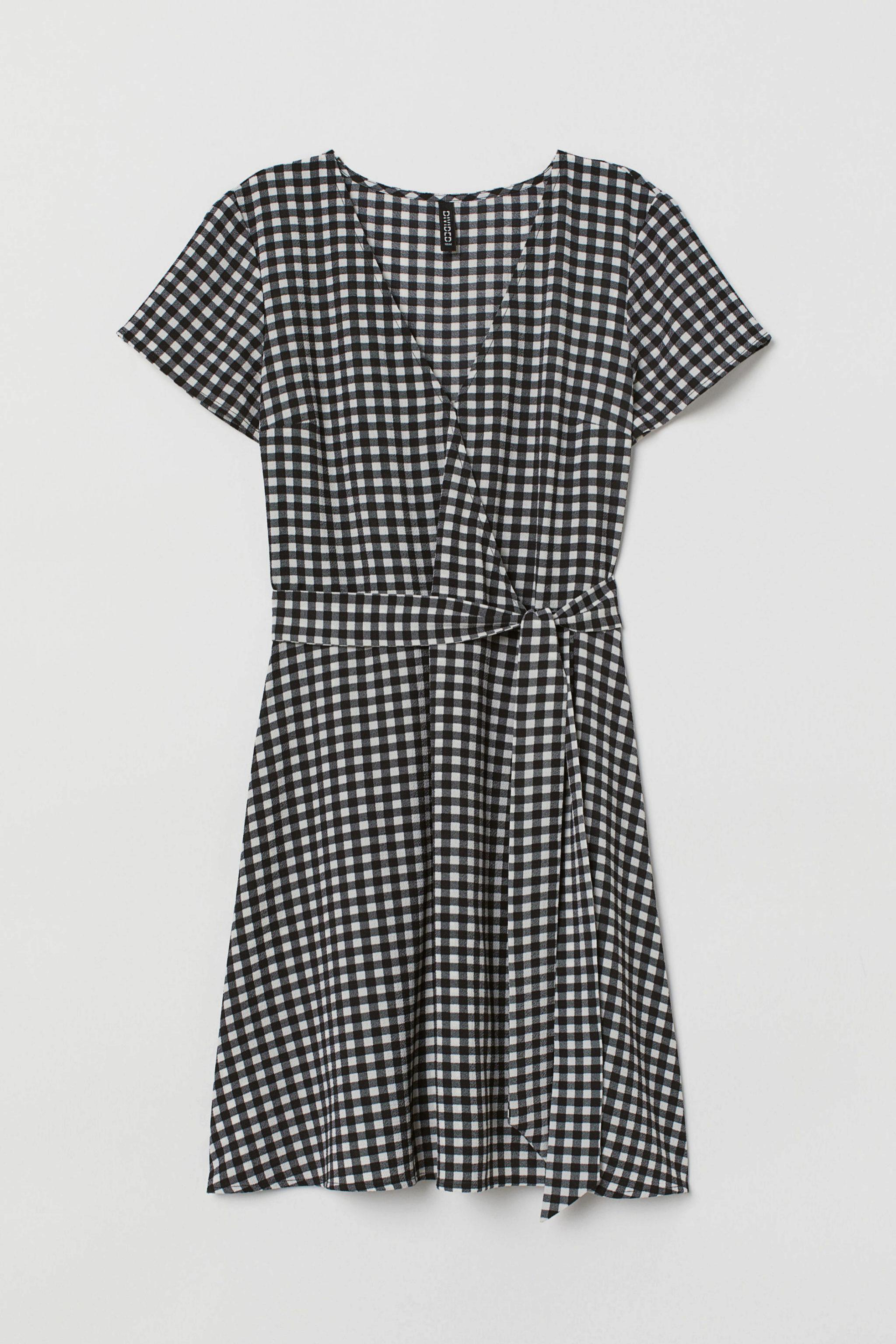 Vestido sencillo de cuadros vichy de H&M (11,99¤)