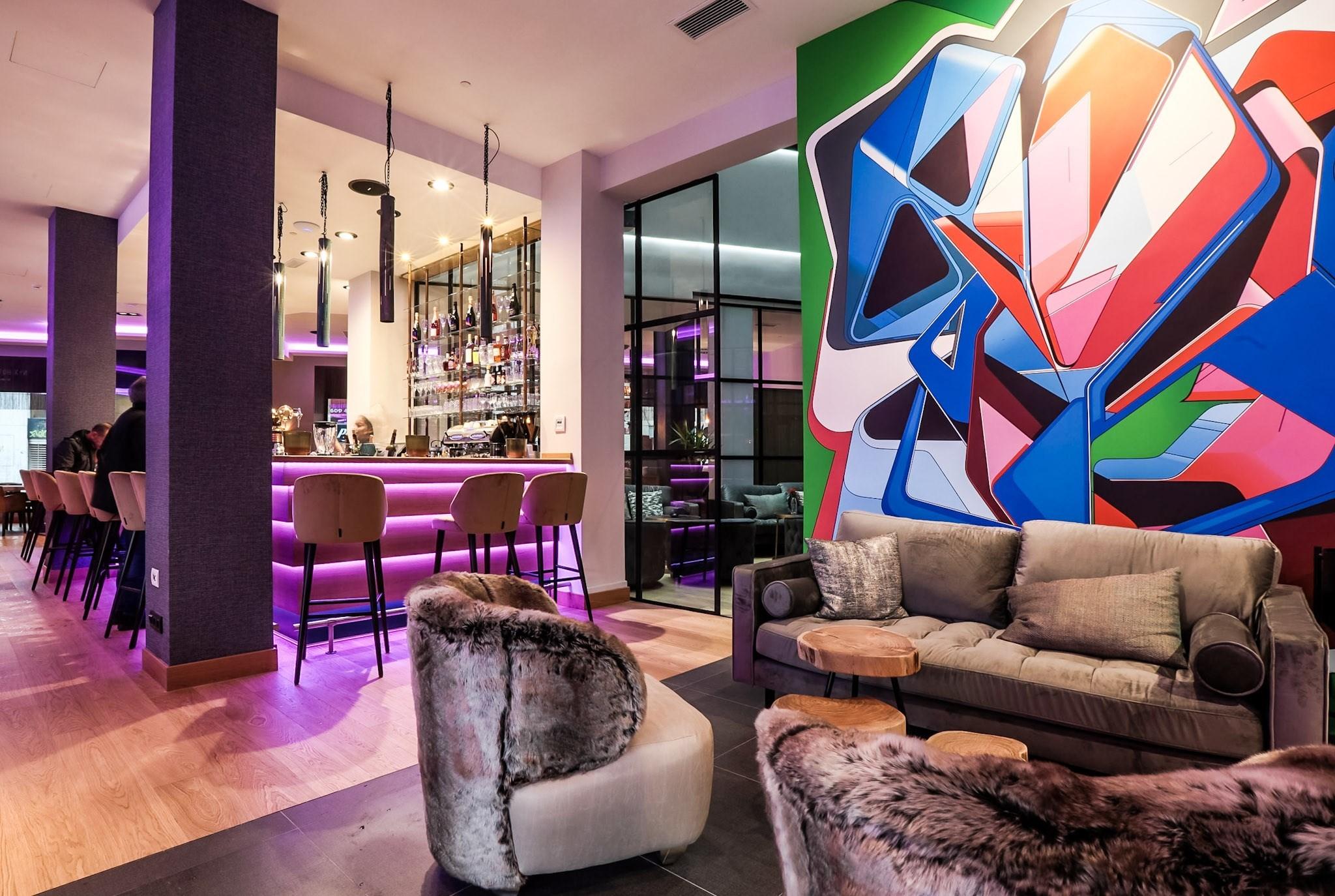 Bar Hotel NYX