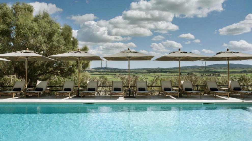 Disfrutar de las mejores piscinas de hotel, uno de los planes del...
