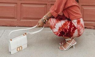 Sara Escudero es una de las que más sabe cómo combinar los zapatos...