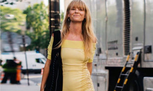 Jeannette Madsen también luce su vestido amarillo