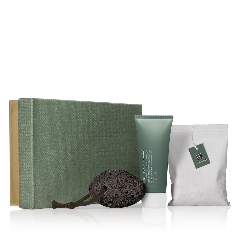 Pack con piedra pomez natural una bolsa de té matcha para lavar y...