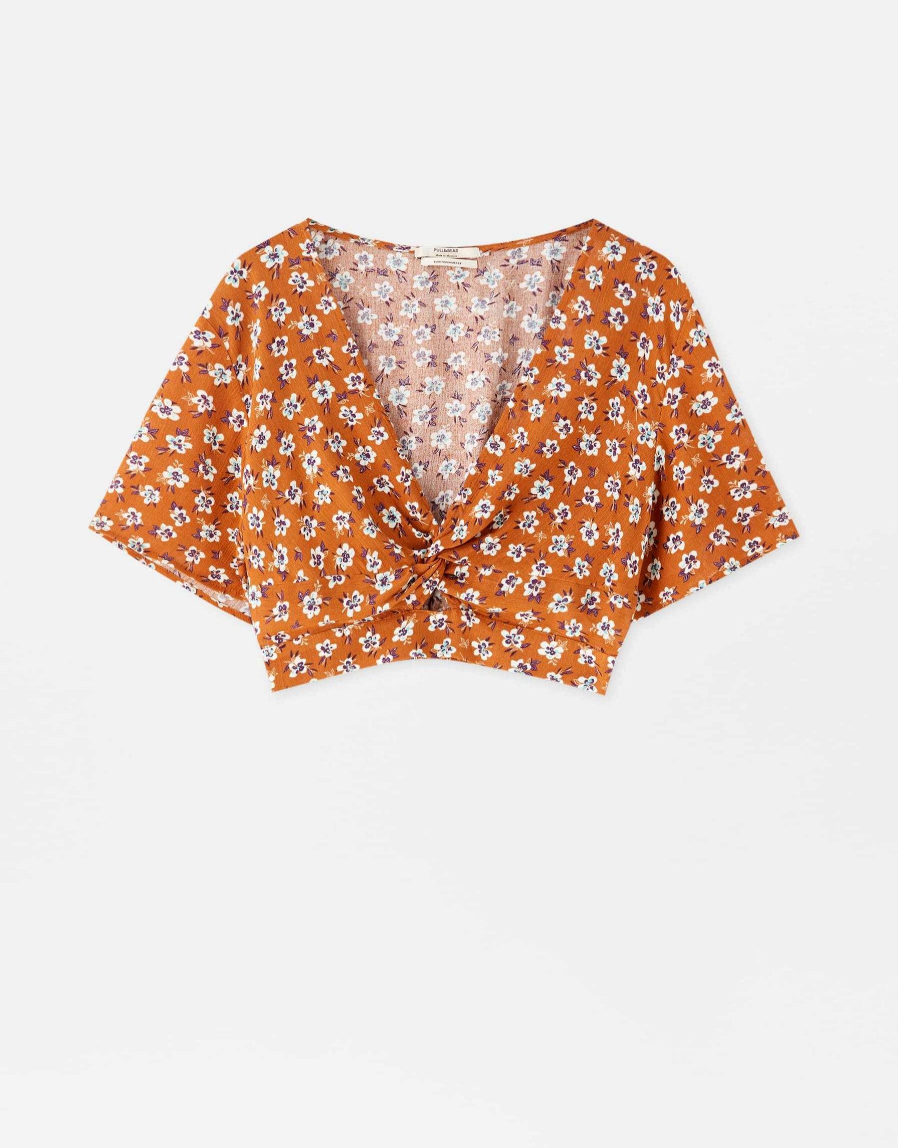 Cropped top con estampado de flores de Pull & Bear