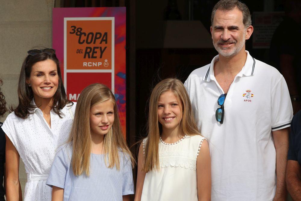La familia real en Palma de Mallorca en su posado oficial de este...