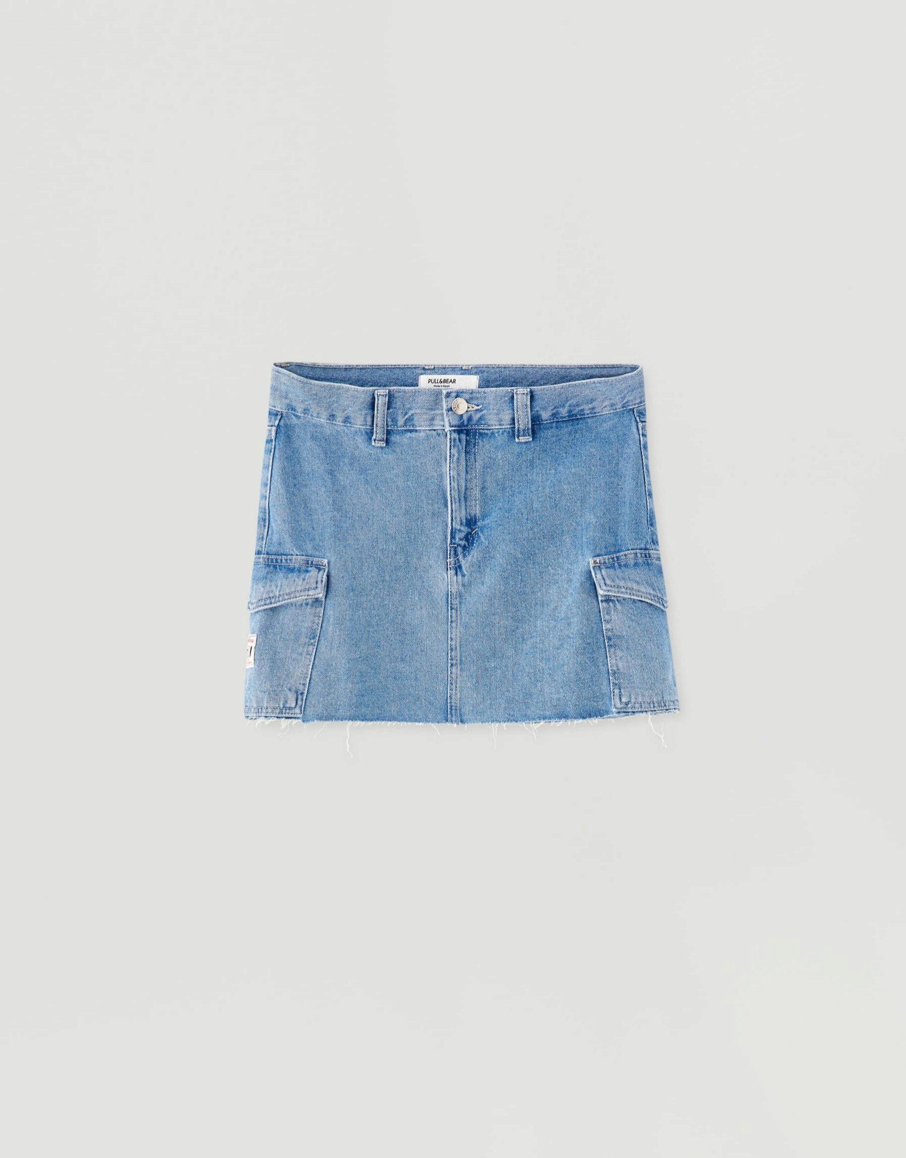 Falda mini en tejido denim de Pull & Bear