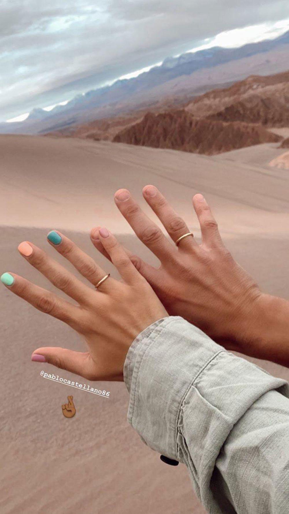 María Pombo estrenó manicura de color con anillo de compromiso junto...