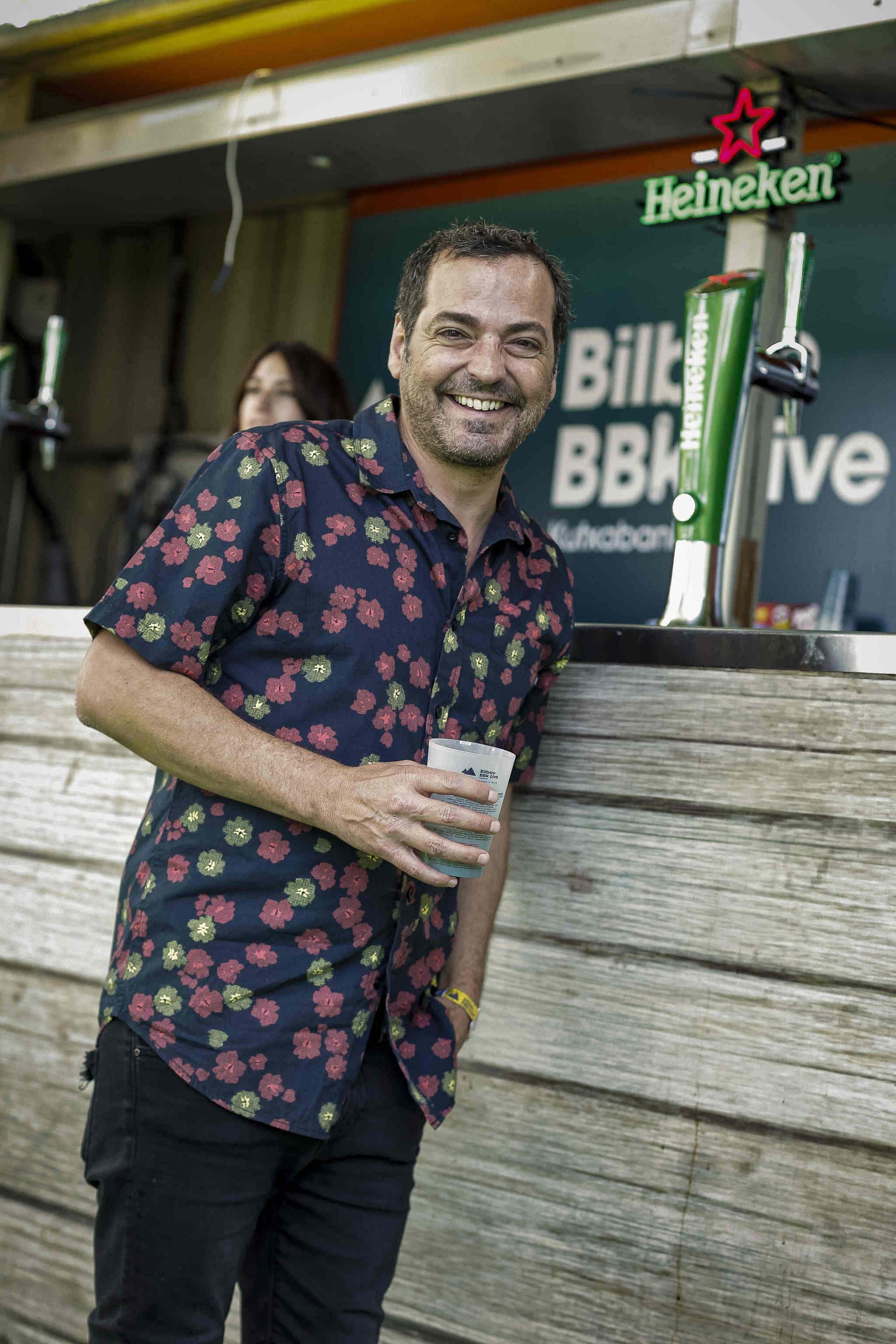 Álvaro Fuentes en la zona vip de Heineken del BBK Live.
