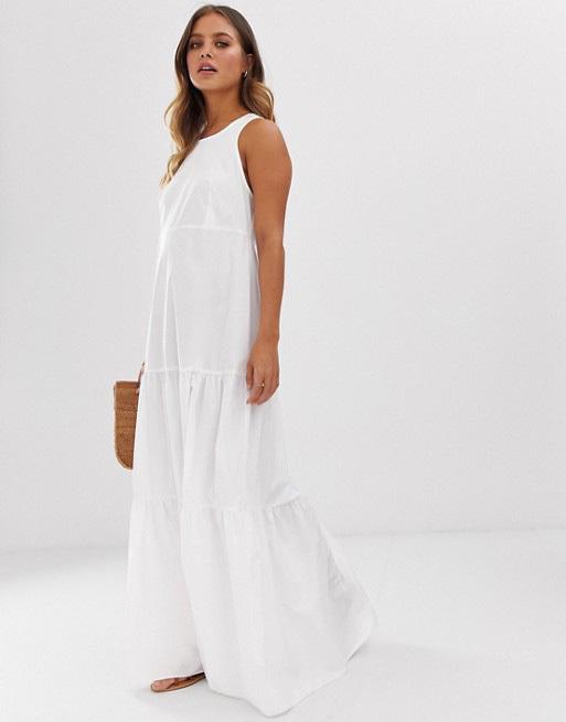 Vestido blanco de Asos.