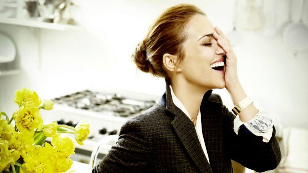 Su pelo, su maquillaje, su piel, sus looks... Paula Echevarría cumple...