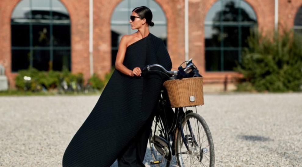 Las razones para hacerte con un vestido asimétrico este verano