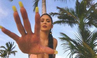 Las uñas de Kylie Jenner y lo que paga por ellas