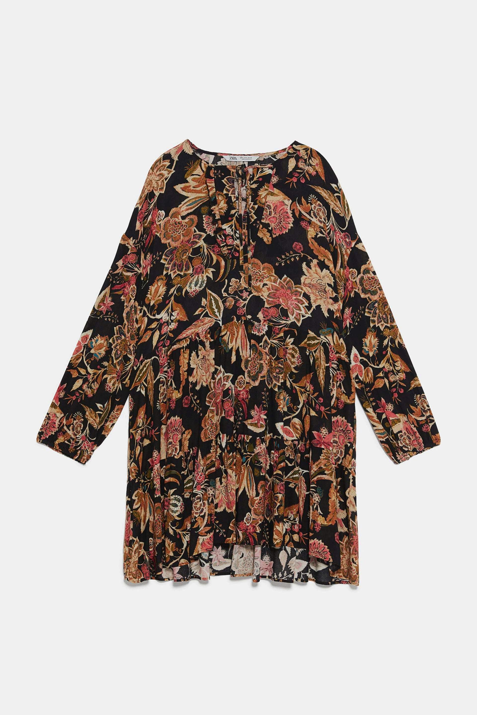 Mini vestido con estampado de flores de Zara