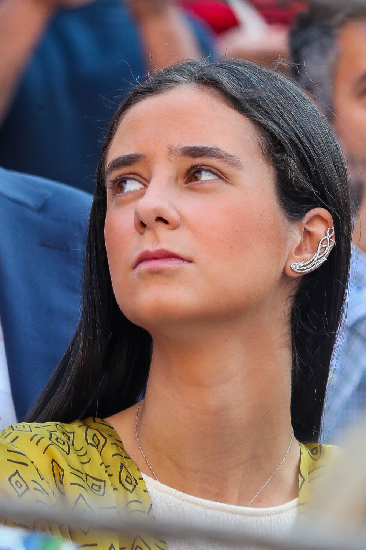 Victoria Federica con pendientes ear cuff.