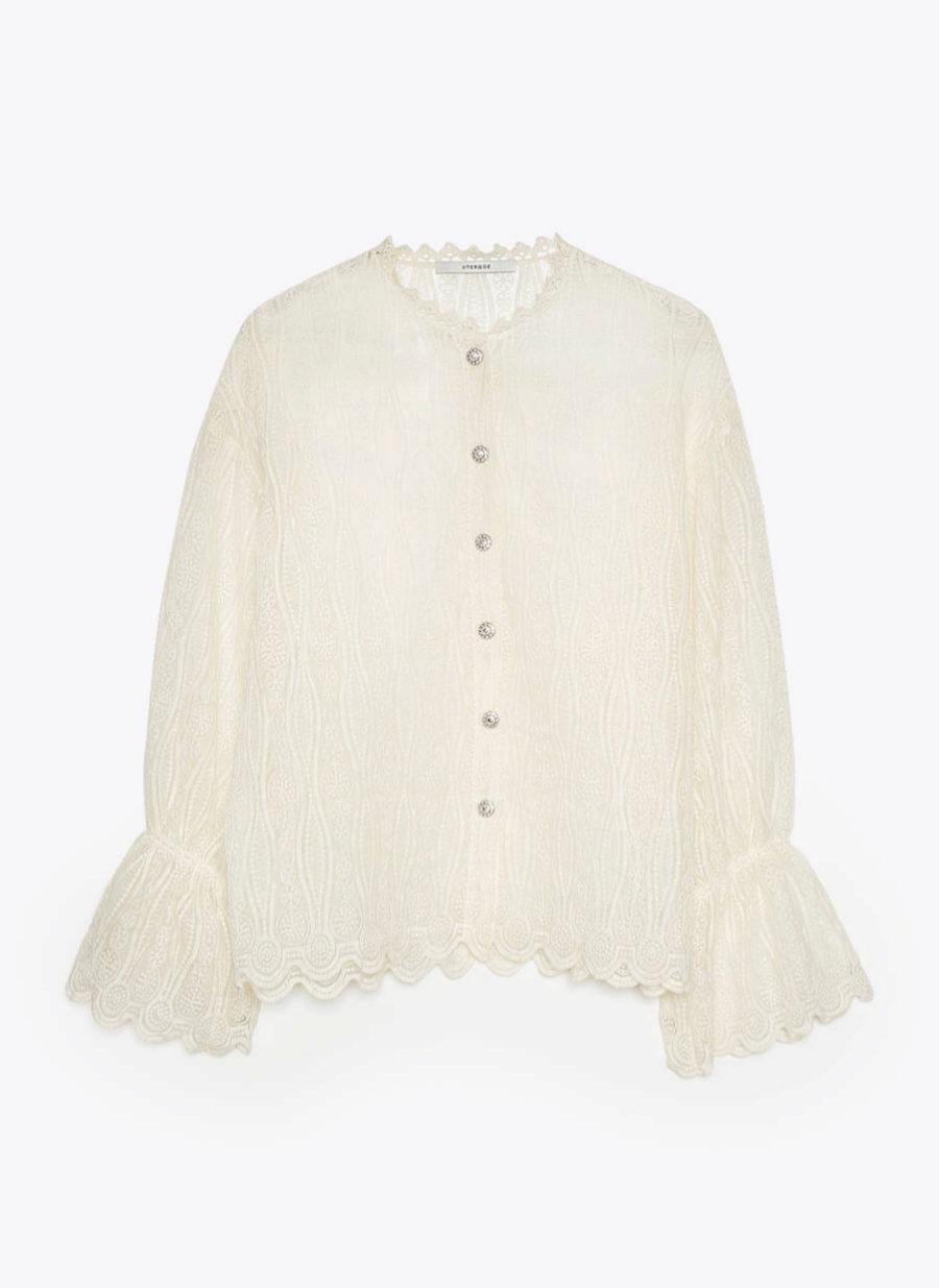 Blusa romántica con bordados de Uterqüe