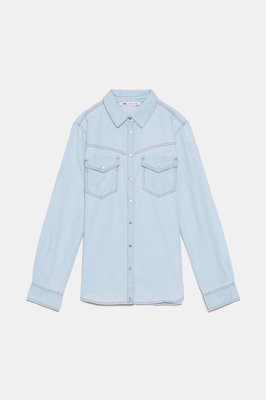 Camisa denim en azul claro de Zara (19,95¤)