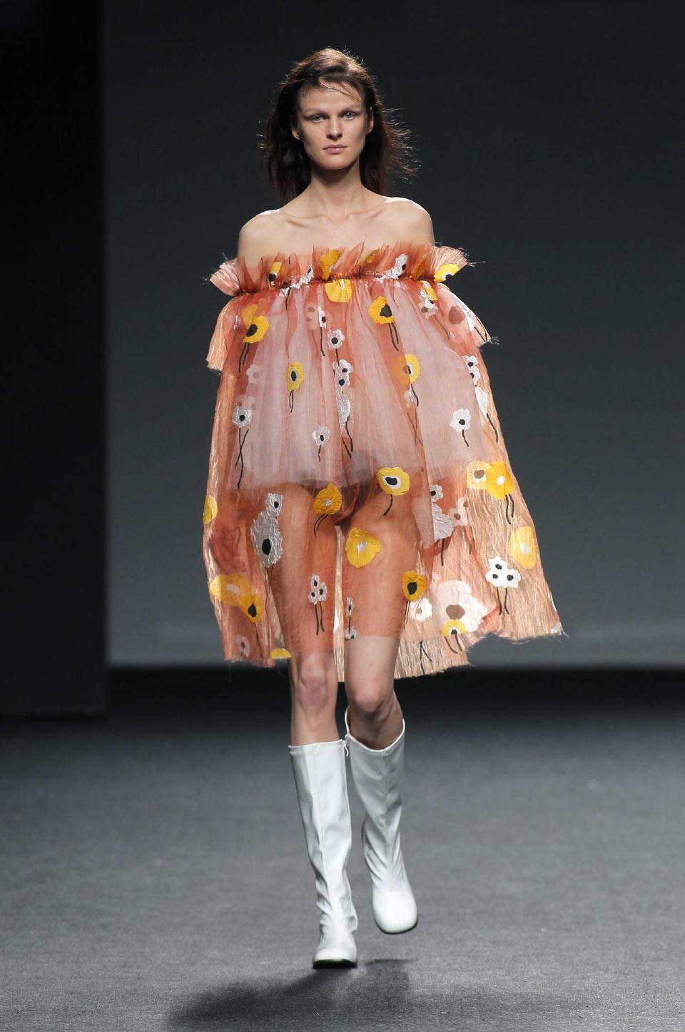 El diseño de Célia Valverde lucido por Katy Perry.