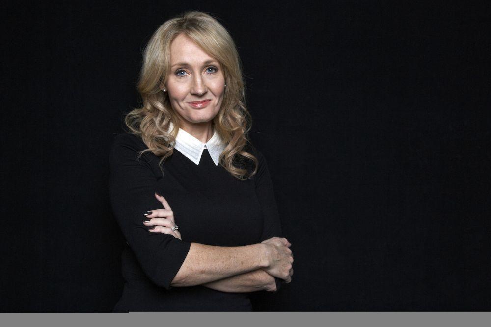 La escritora británica J.K Rowling
