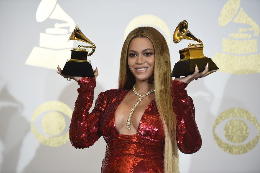 Beyoncé descinche algún puesto.