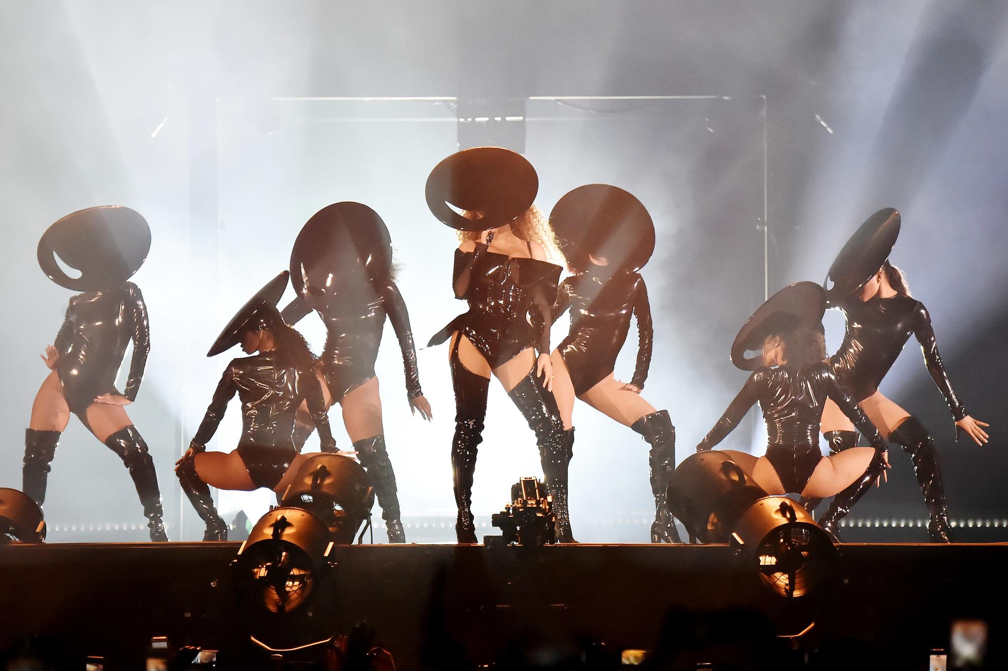 Beyoncé y sus mejores coreografías sobre el escenario
