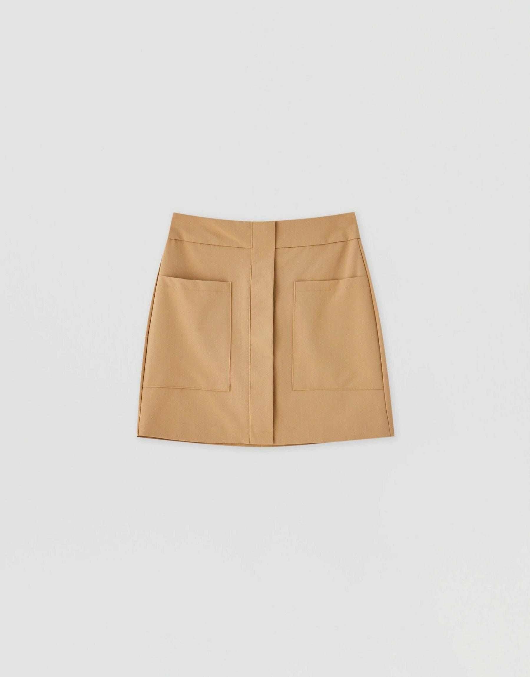 Falda mini con bolsillos de Pull & Bear