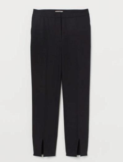 Pantalón con abertura