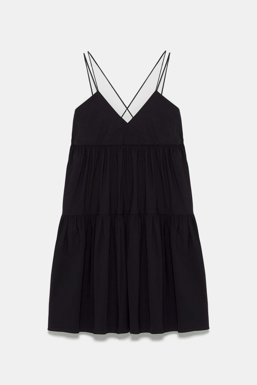 Vestido de popelín con la espalda al aire de Zara