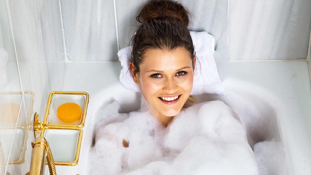 Esta espuma de ducha hace maravillas, limpia, hidrata, perfuma tu piel...
