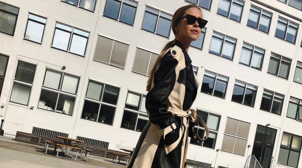 Pernille Teisbaek ya ha lucido el abrigo con cinturón