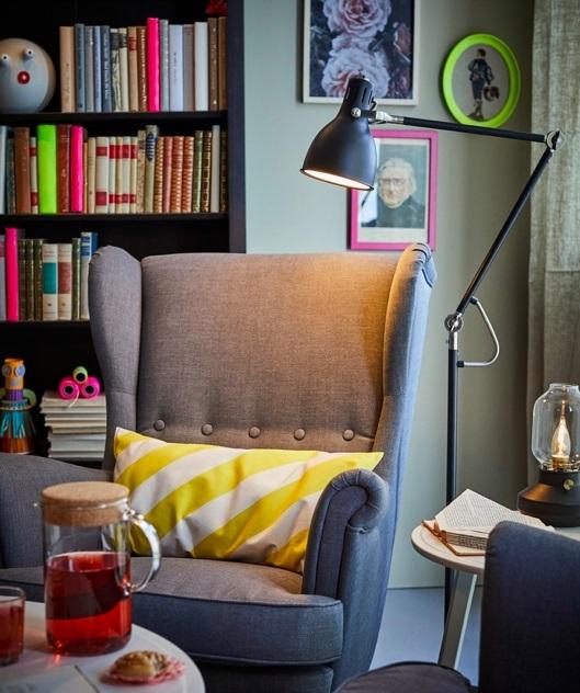 Lámpara de lectura Aröd, de Ikea.