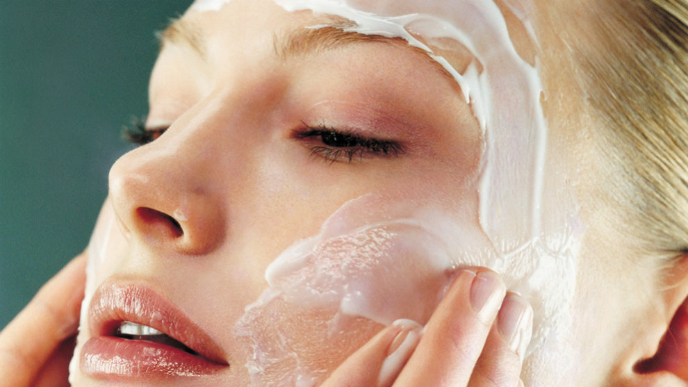 Cada zona de la cara requiere una técnica para la aplicación de...