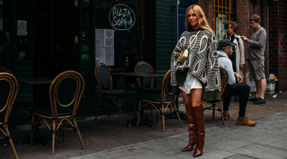 Blanca Miró ya ha lucido botas de caña alta por Londres
