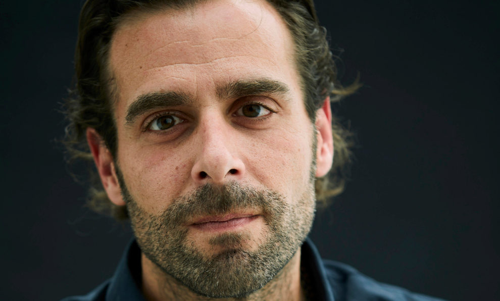 El periodista David López Canales, autor de El traficante